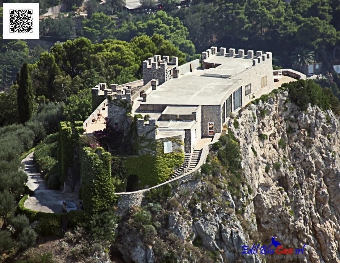 Casa vacanza case e ville vacanze capri villa di lusso for Planimetrie della casa di saltbox