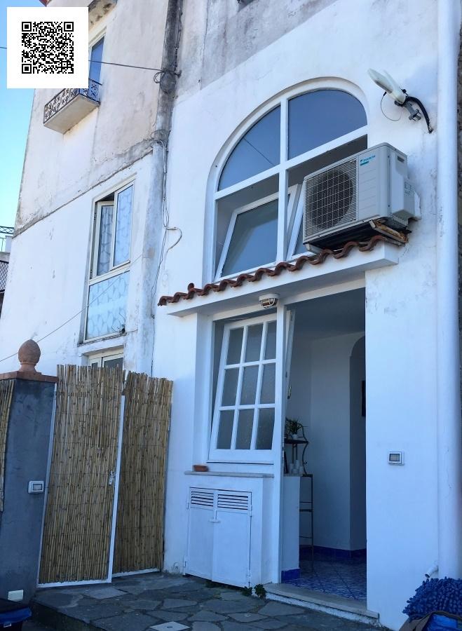 Appartamento in vendita a Capri, 2 locali, prezzo € 460.000 | Cambio Casa.it