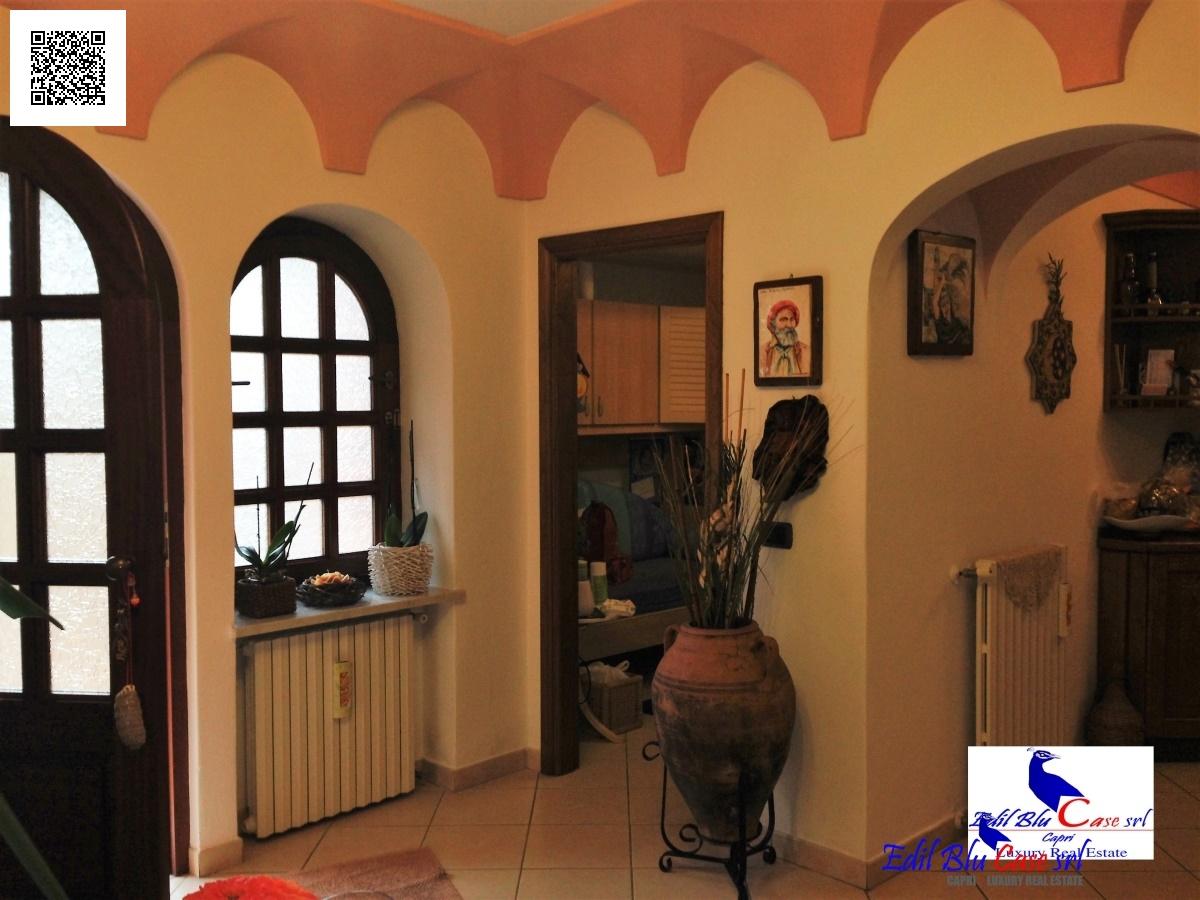 Appartamento in vendita a Anacapri, 4 locali, prezzo € 470.000 | Cambio Casa.it