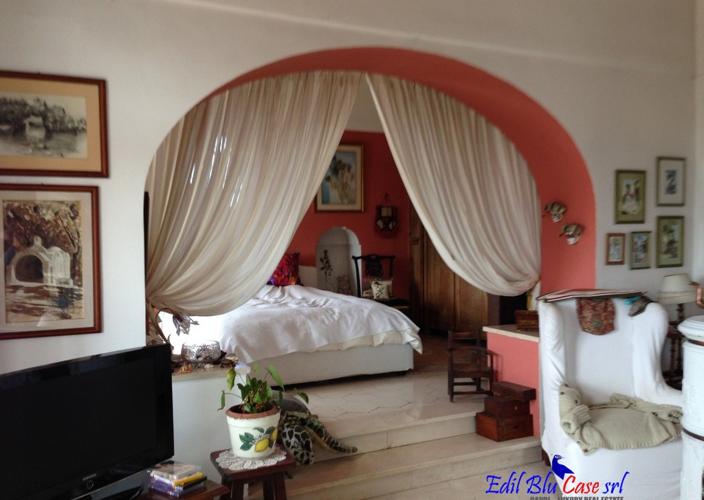 For Sale Independent Houses Anacapri - Villa Locality